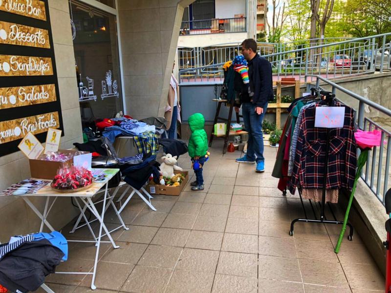 Street sale - купи и помогни на децата с онкохематологични заболявания